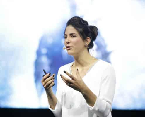 Profilfoto von Laura Winterling der Redneragentur PODIUM | Vorstellung als Rednerin