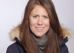 Anja Blacha | Exrtrembergsteigerin mit Jacke